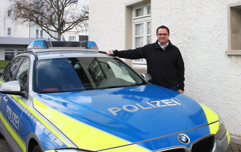 Marco Voge begleitet die Polizei in Menden eine Spätschicht
