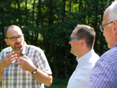 Draußen lernt es sich am besten – Marco Voge besucht Arche Noah in Menden
