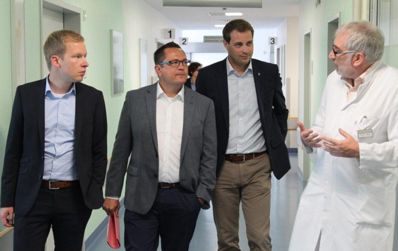 Klinik jetzt gemeinsam den Rücken stärken – Besuch in der Paracelsus-Klinik