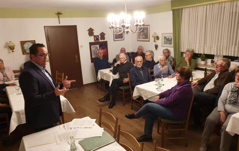 Heimischer Landtagsabgeordneter beim Kolpingforum Balve zu Gast